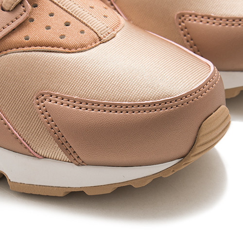low priced 96e55 16ad3 air huarache metallic red bronze