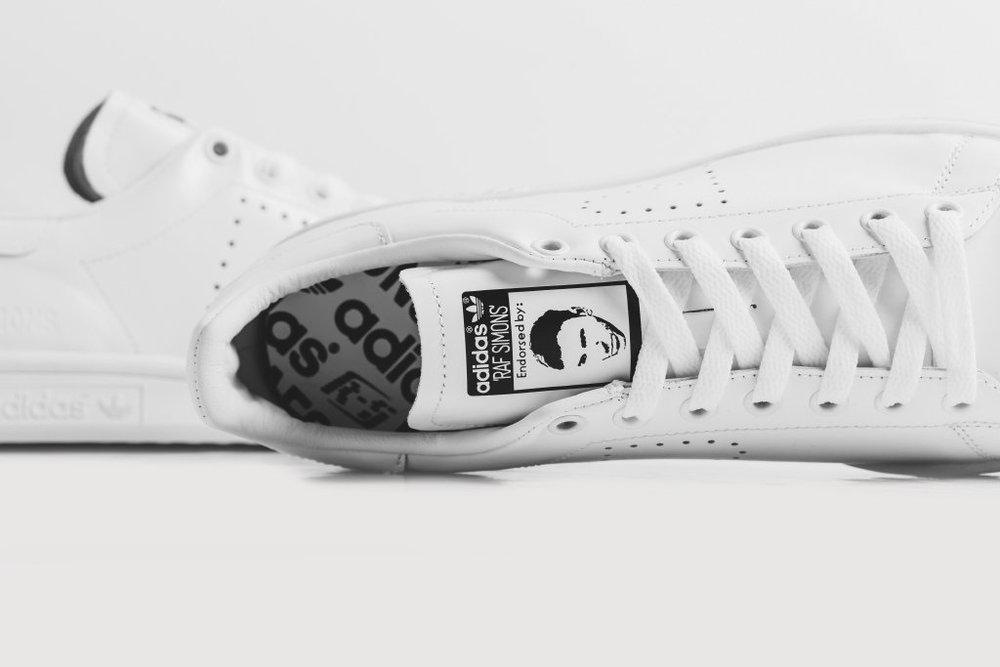 adidas-raf-simons-triple-white-stan-smith-2.jpg