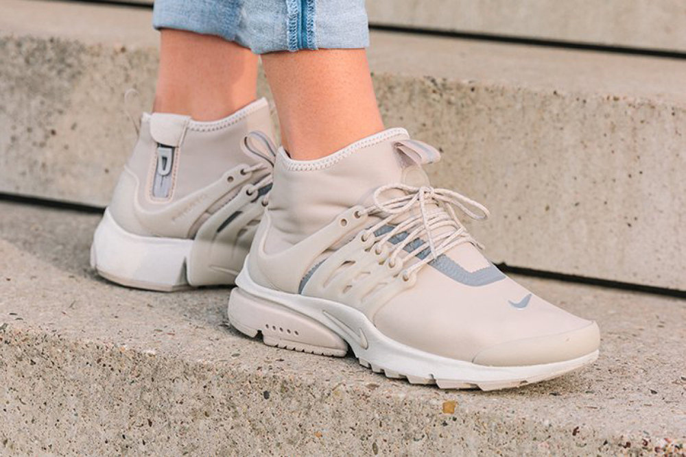"""detailed pictures ceccf 2ca87 Nike Goes Water Resistant With Air Presto Mid Utility """"String"""""""