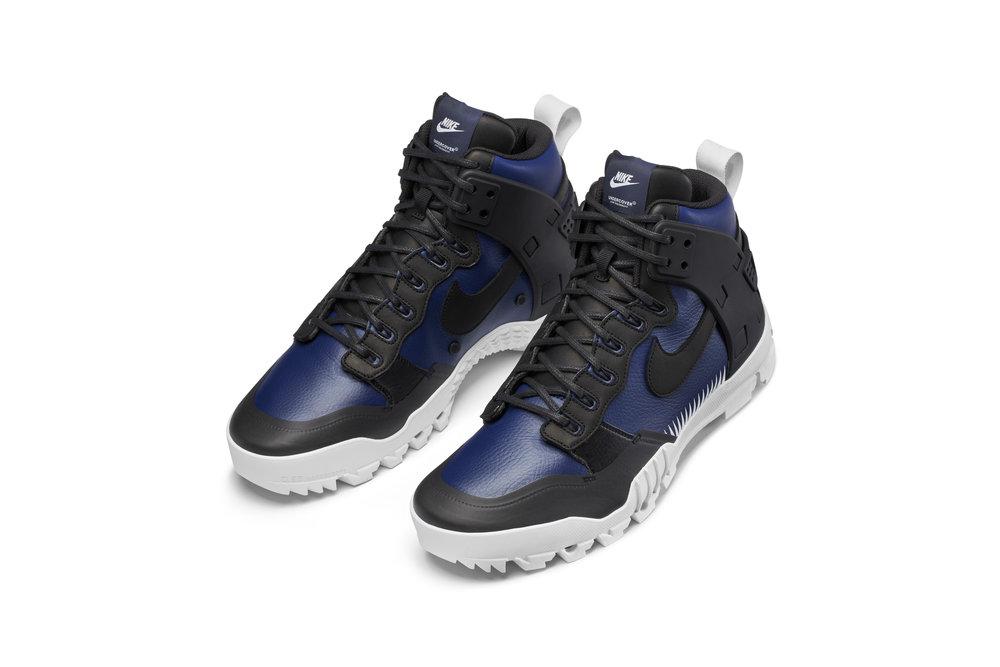 Nike_Lab_JUNGLE_DUNK_910092_001_PAIR_65424.jpg