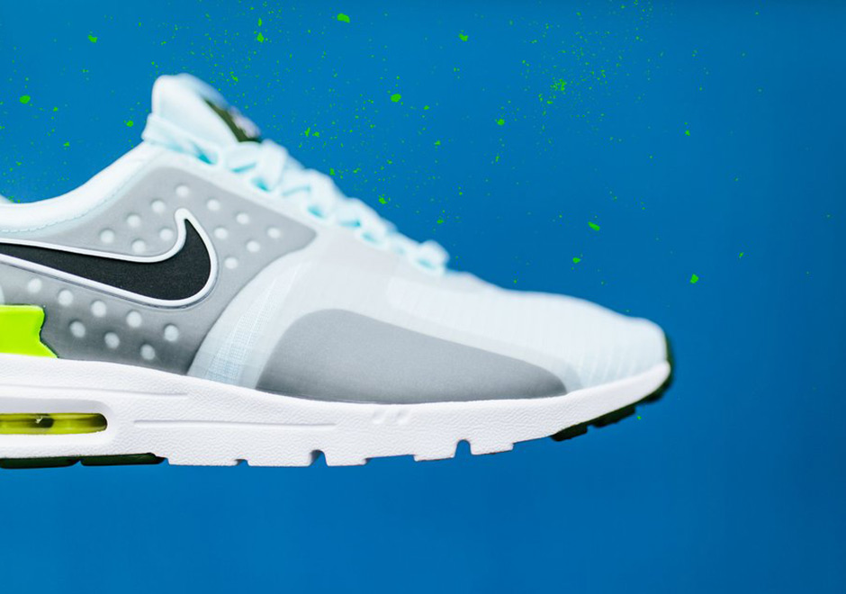 Nike_Air-Max-Zero-Wmns_Glacier-Blue-3.jpg