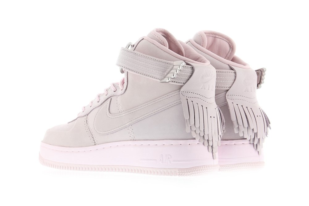 http---bae.hypebeast.com-files-2017-04-nike-air-force-1-sport-lux-pearl-pink-3.jpg