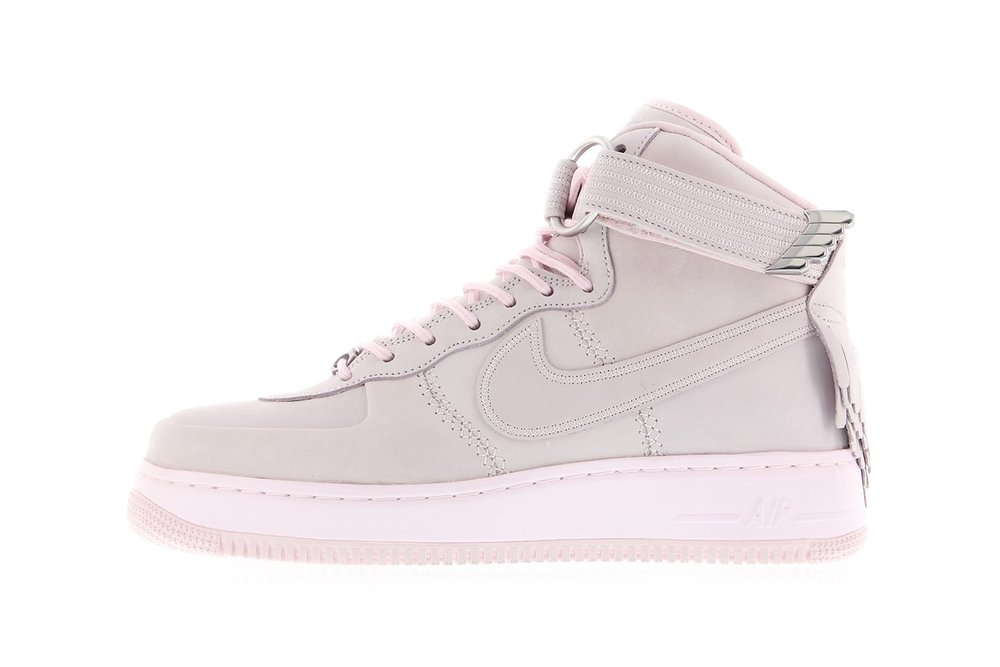 http---bae.hypebeast.com-files-2017-04-nike-air-force-1-sport-lux-pearl-pink-4.jpg