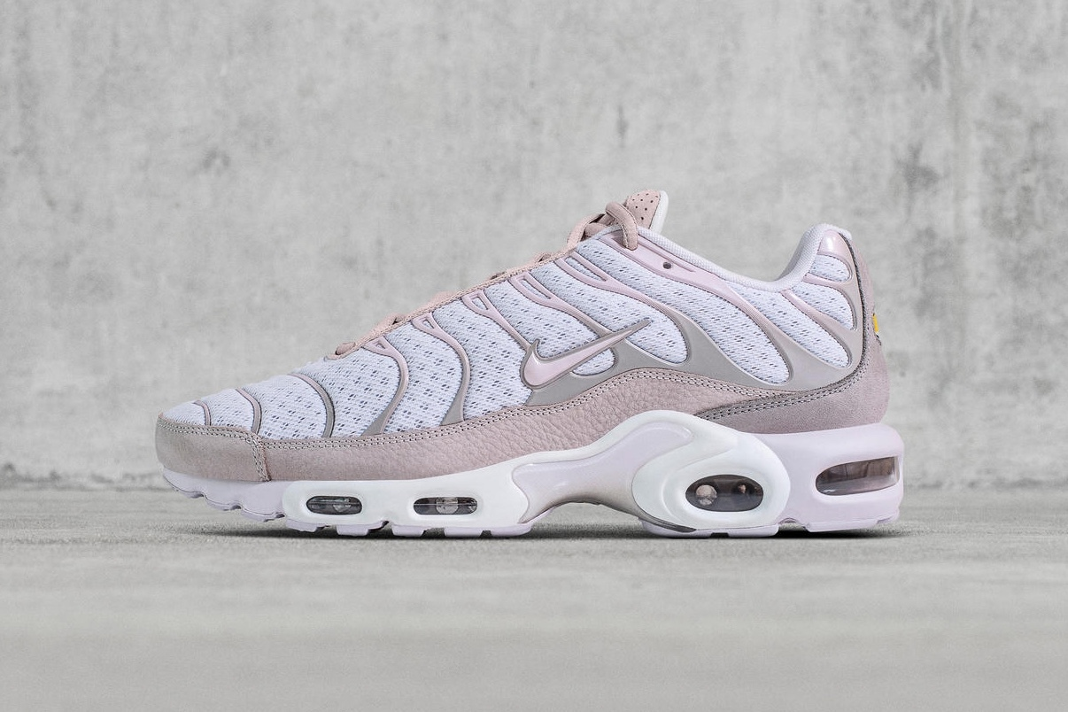 Barely Volt' Hits The Nike Air Max Plus TN SE — CNK Daily