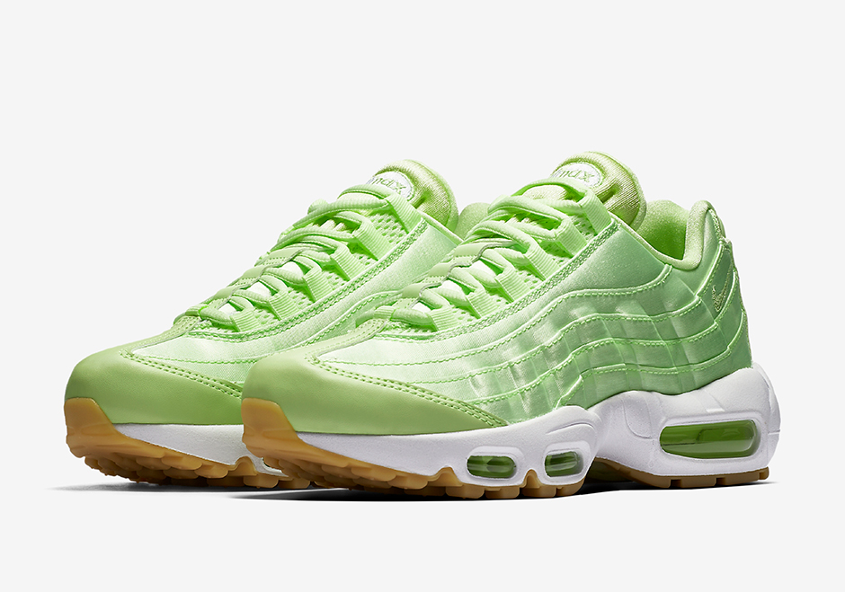 timeless design 765f8 42f72 Air Max 95 is Right On Time With The
