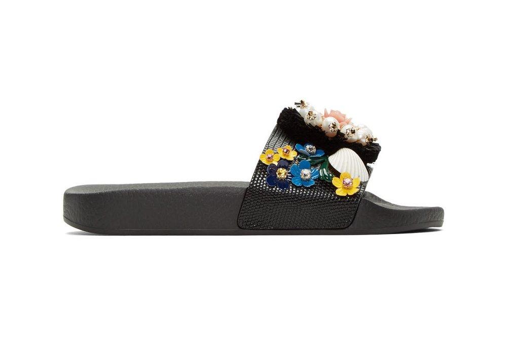 http---bae.hypebeast.com-files-2017-04-dolce-and-gabbana-black-flower-slide-sandals-3.jpg