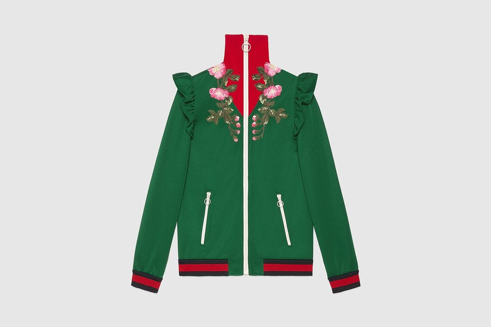 https---bae.hypebeast.com-files-2017-06-gucci-2017-pre-fall-tracksuits-d.jpg
