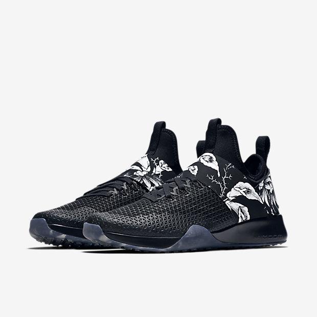 Nike floral shoe1.jpg