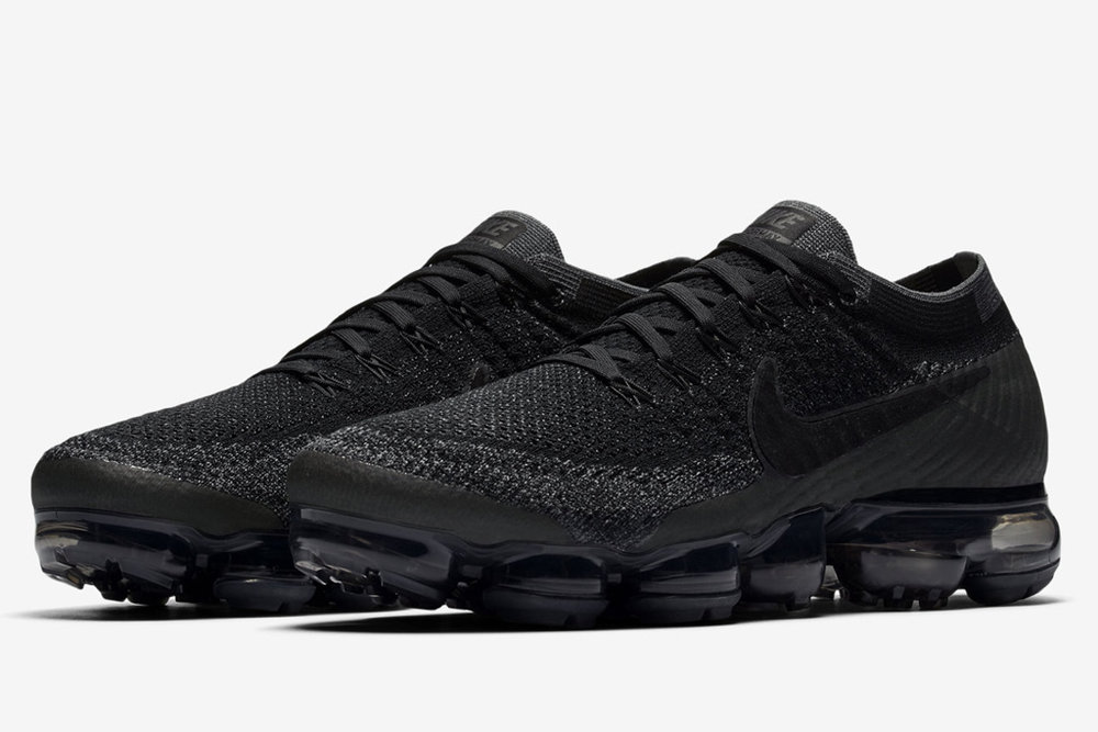 nike-air-vapormax-triple-black5-copy.jpg