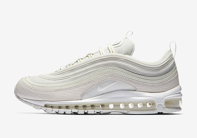 AM 97 Summit White1.jpg