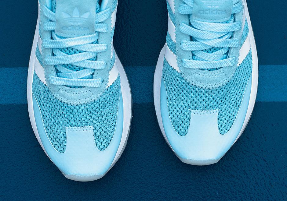 Adidas_Womens_Flashback_Ice_Blue-2.jpg