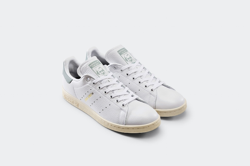 cnk-adidas-stan-smith-pharrell-white-blue2.jpg
