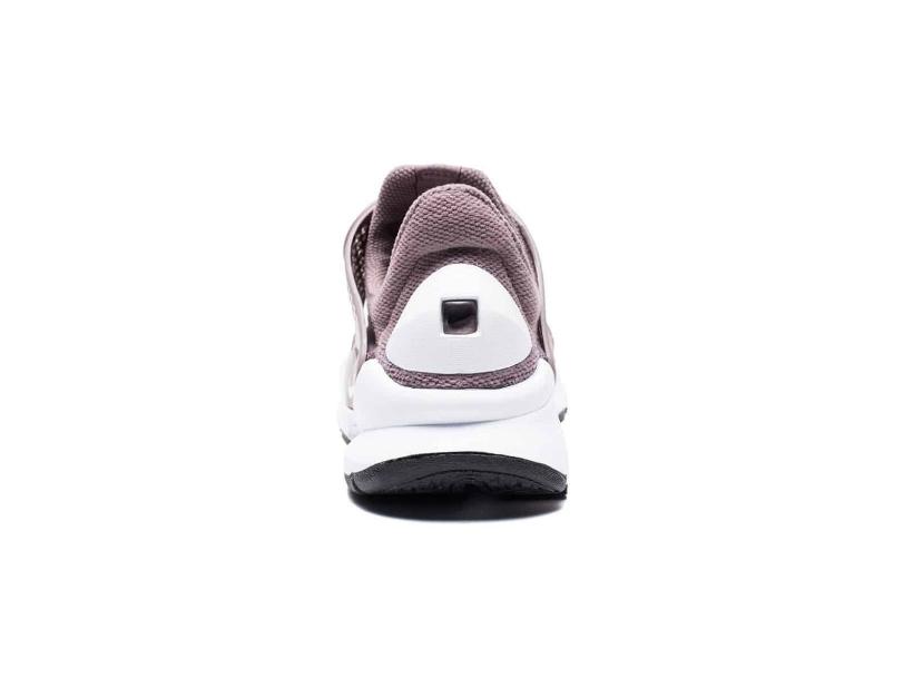 CNK-Nike-Sock-Dart-Taupe3.jpg