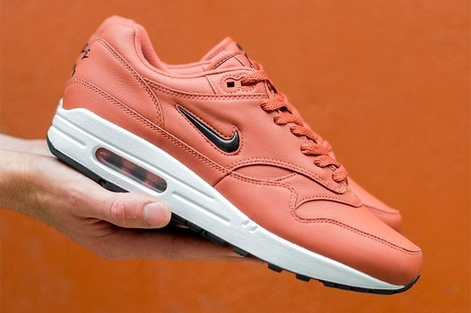 CNK-Nike-Air-Max-1-Jewel-Salmon.jpg
