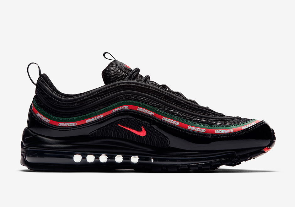 undefeated-nike-air-max-97-black-official-images-AJ1986-001-03.jpg