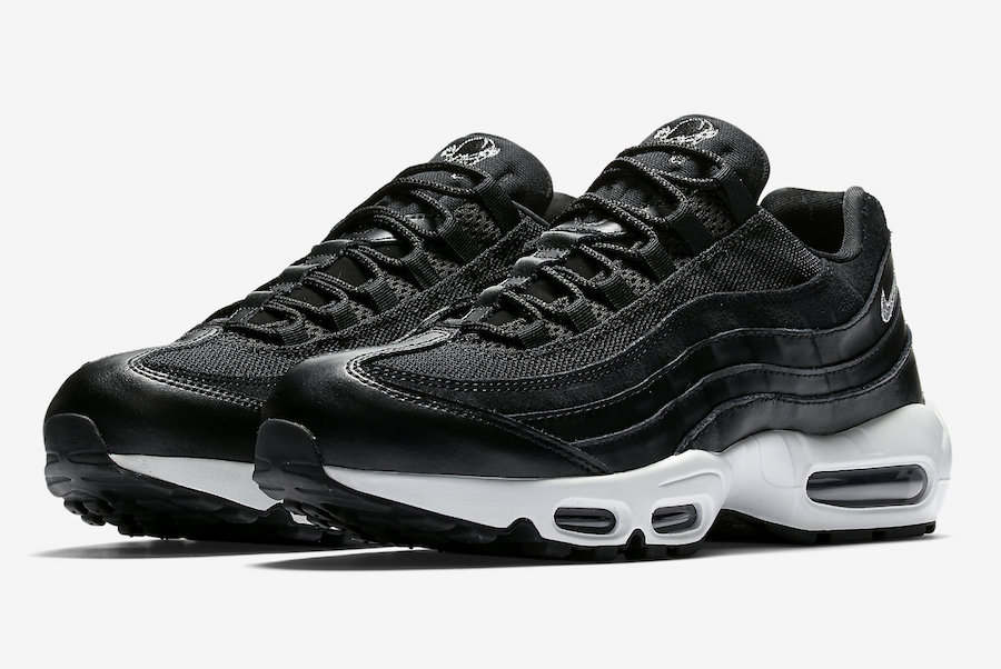 nike-air-max-95-rebel-skulls-538416-008-4.jpg