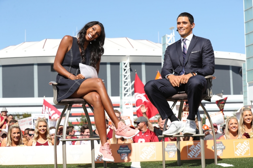 Image: ESPN (Maria rockin' the adidas James Harden LS)