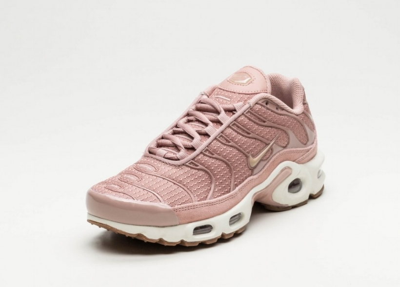 469b41b6fb This Nike Air Max Plus TN is Draped in Particle Pink — CNK Daily ...