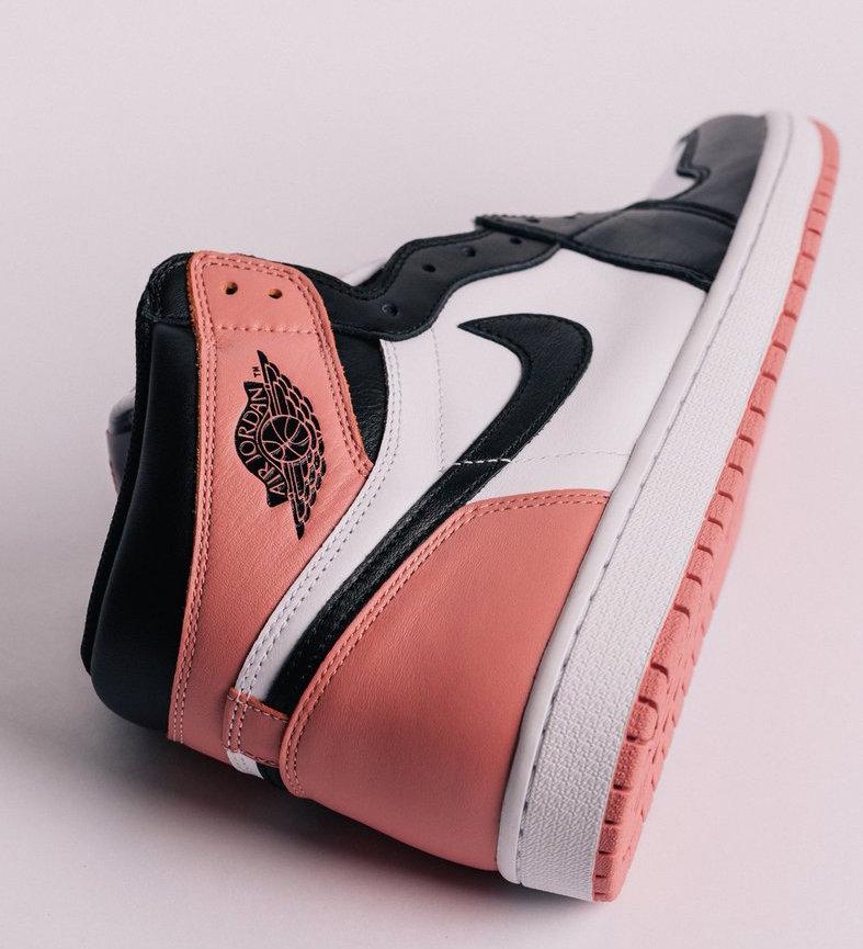 This Air Jordan Retro 1