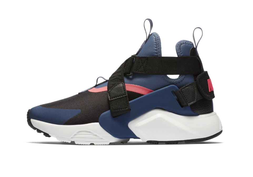 save off 5eed1 34c51 Nike-WMNS-Air-Huarache-City-2.png