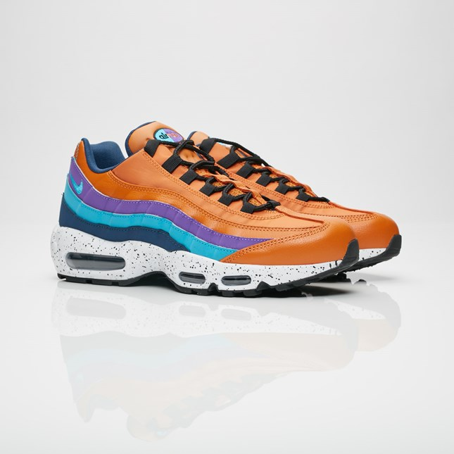 cnk-nike-air-max-95-monarch-1.jpg