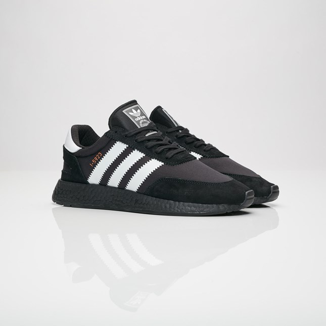 cnk-adidas-i5923-black-1.jpg