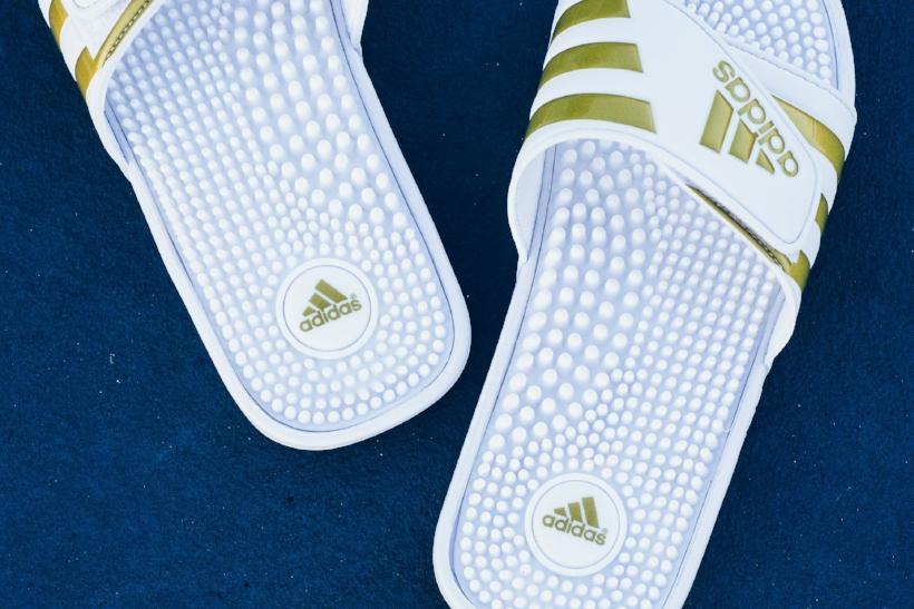 cnk-adidas-adissage-slides-gold-4.jpg