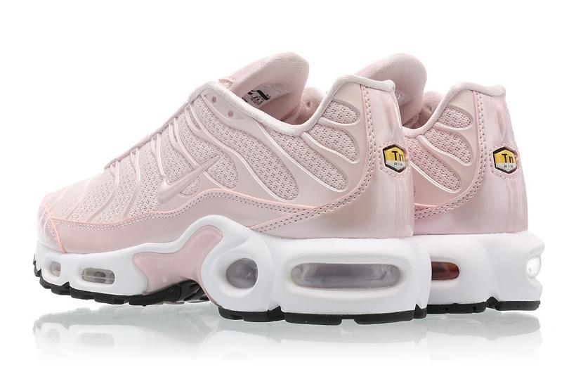 5dec77f3c3c7 The WMNS Nike Air Max Plus Premium Gets The  Barely Rose  Treatment ...