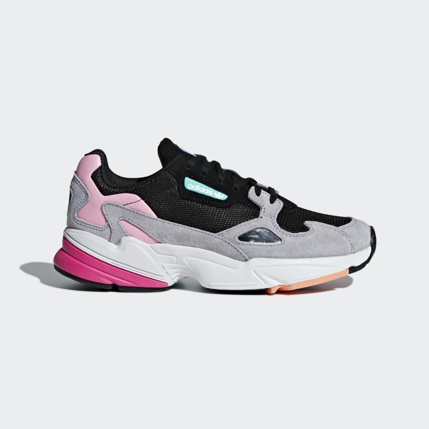 Falcon_Shoes_Black_BB9173_01_standard.jpg