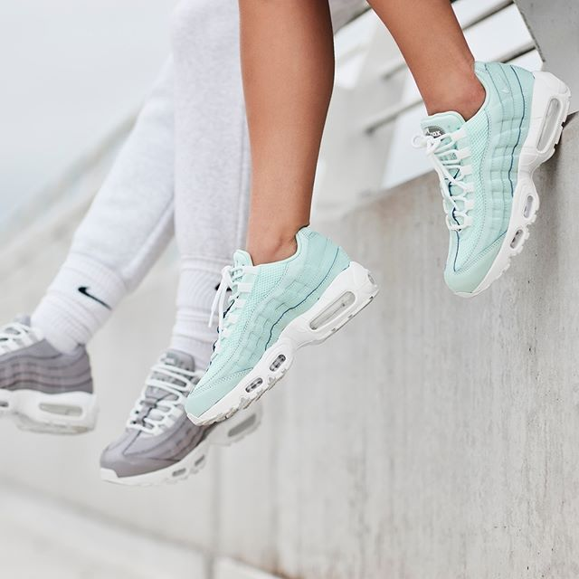 Alfombra invadir donde quiera  This Nike Air Max 95 is a Mint Dream — CNK Daily (ChicksNKicks)