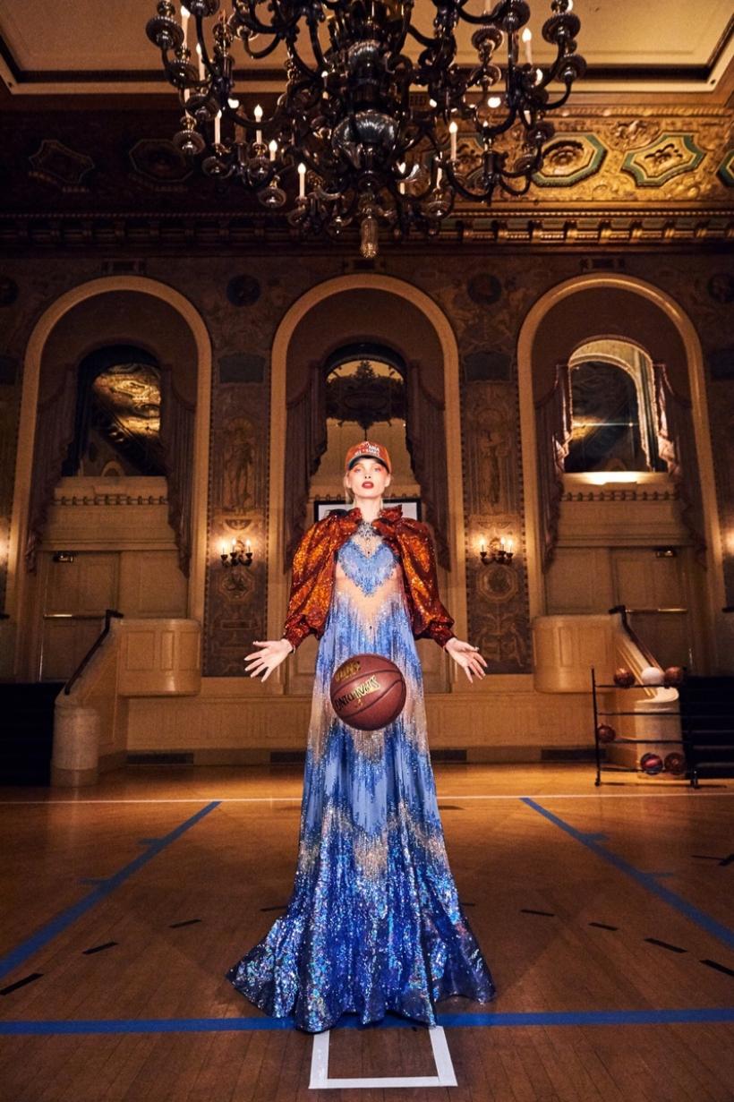 Elsa-Hosk-Basketball-Photoshoot01.jpg