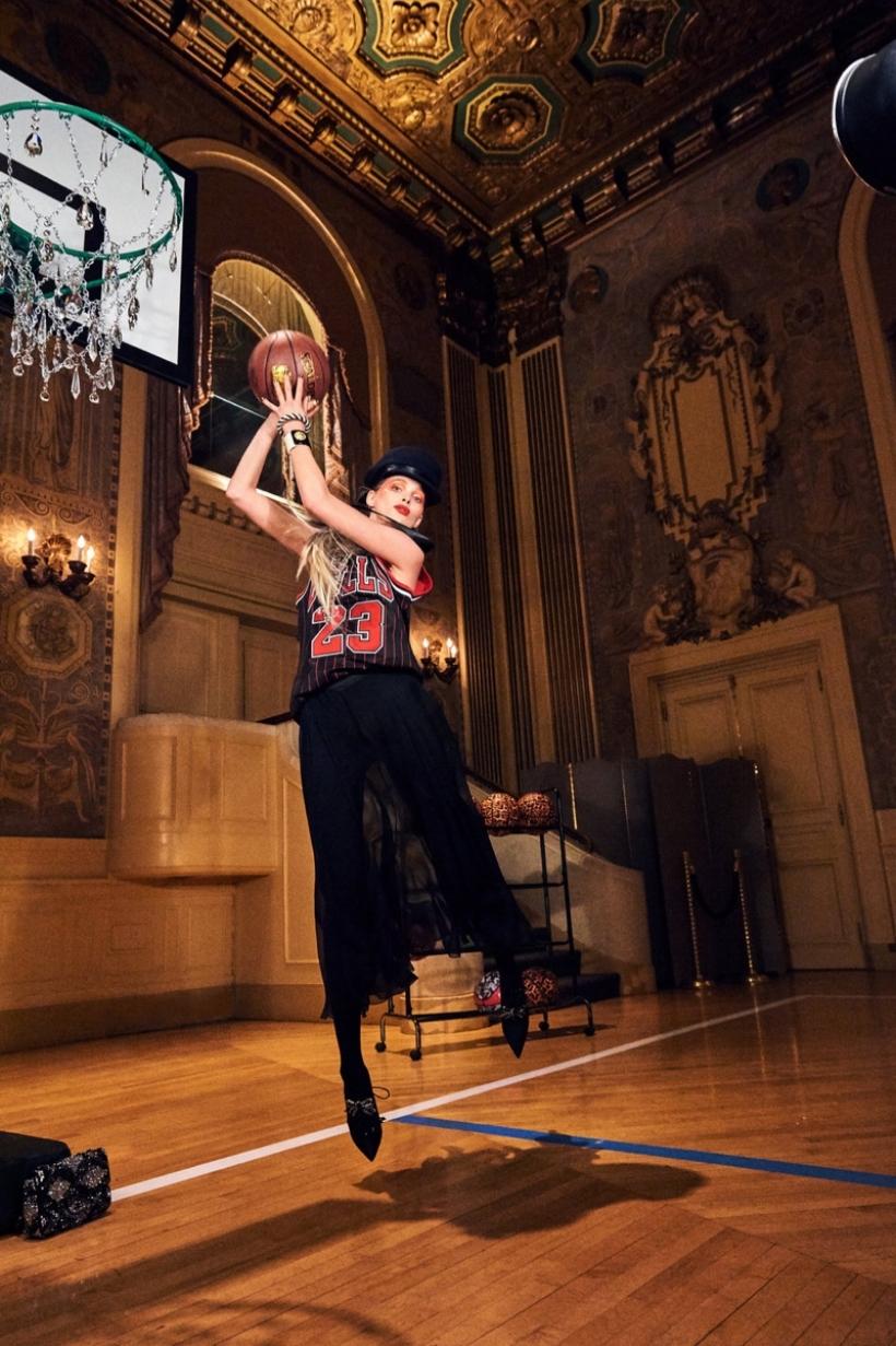 Elsa-Hosk-Basketball-Photoshoot07.jpg