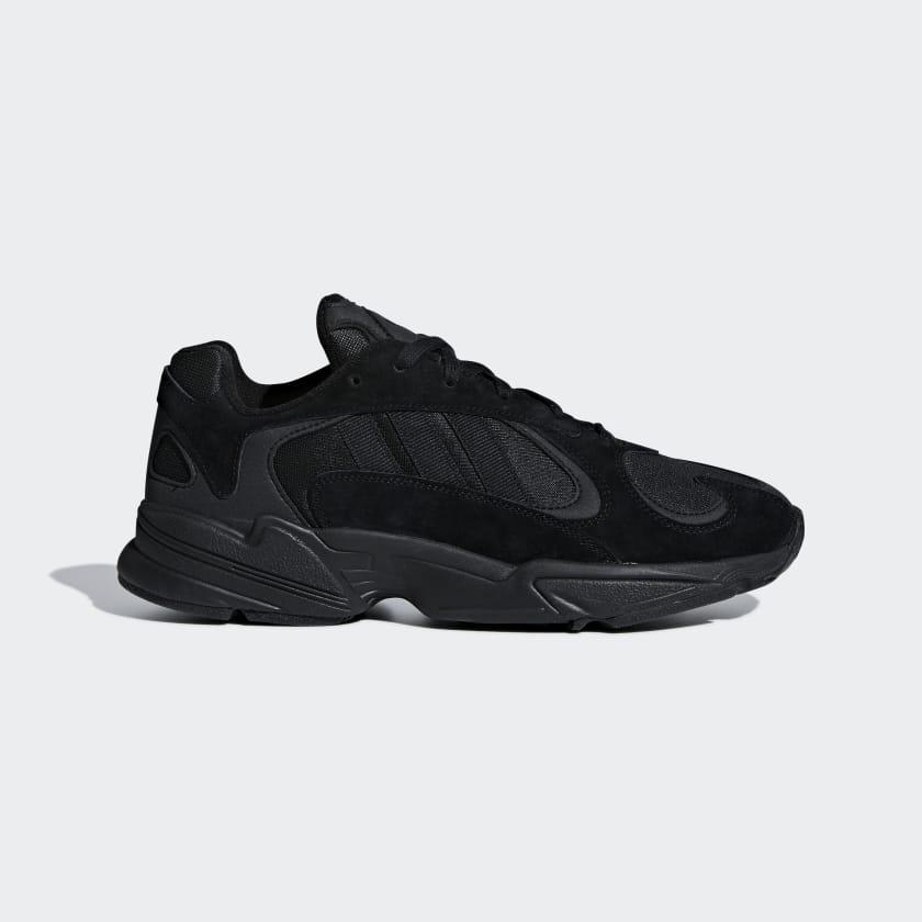 Yung-1_Shoes_Black_G27026_01_standard.jpg