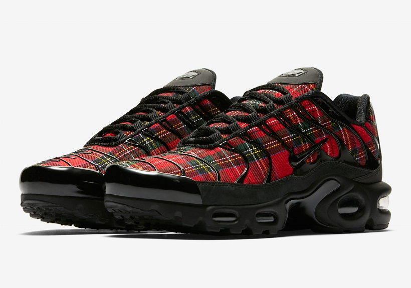 cnk-nike-air-max-plus-tartan.jpg