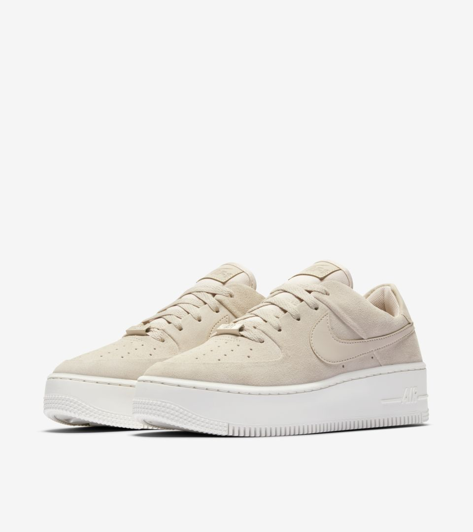 nike-womens-air-force-1-sage-low-particle-beige-phantom-release-date.jpg