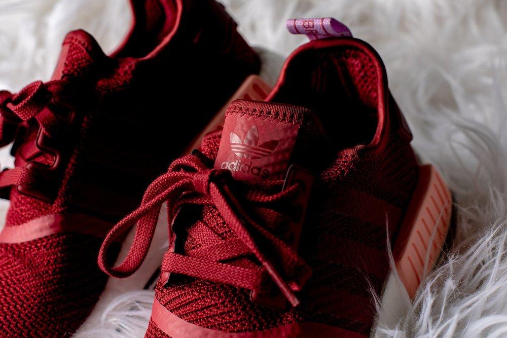cnk-adidas-nmd-burgundy-4.JPG