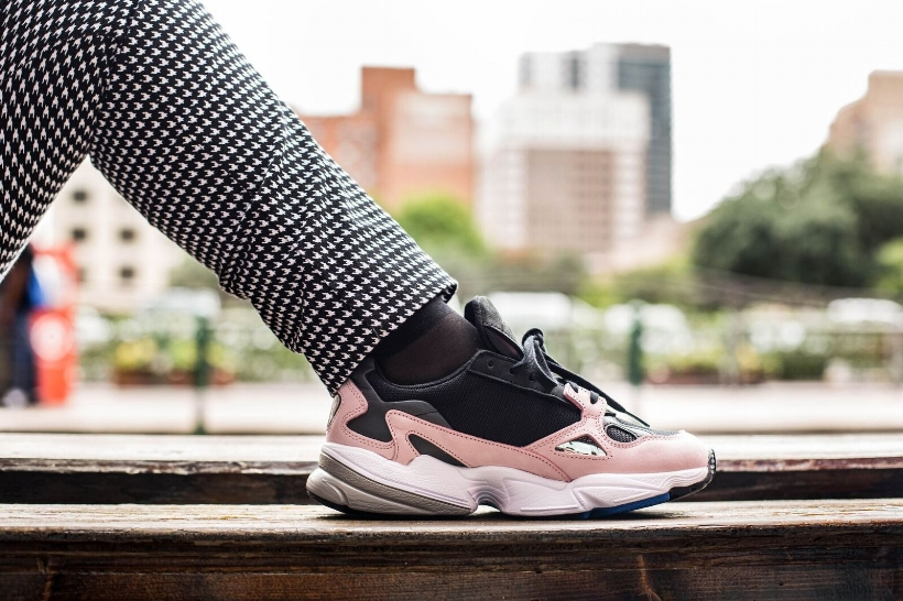 cnk-sneaker-diary-falcon-12.jpeg