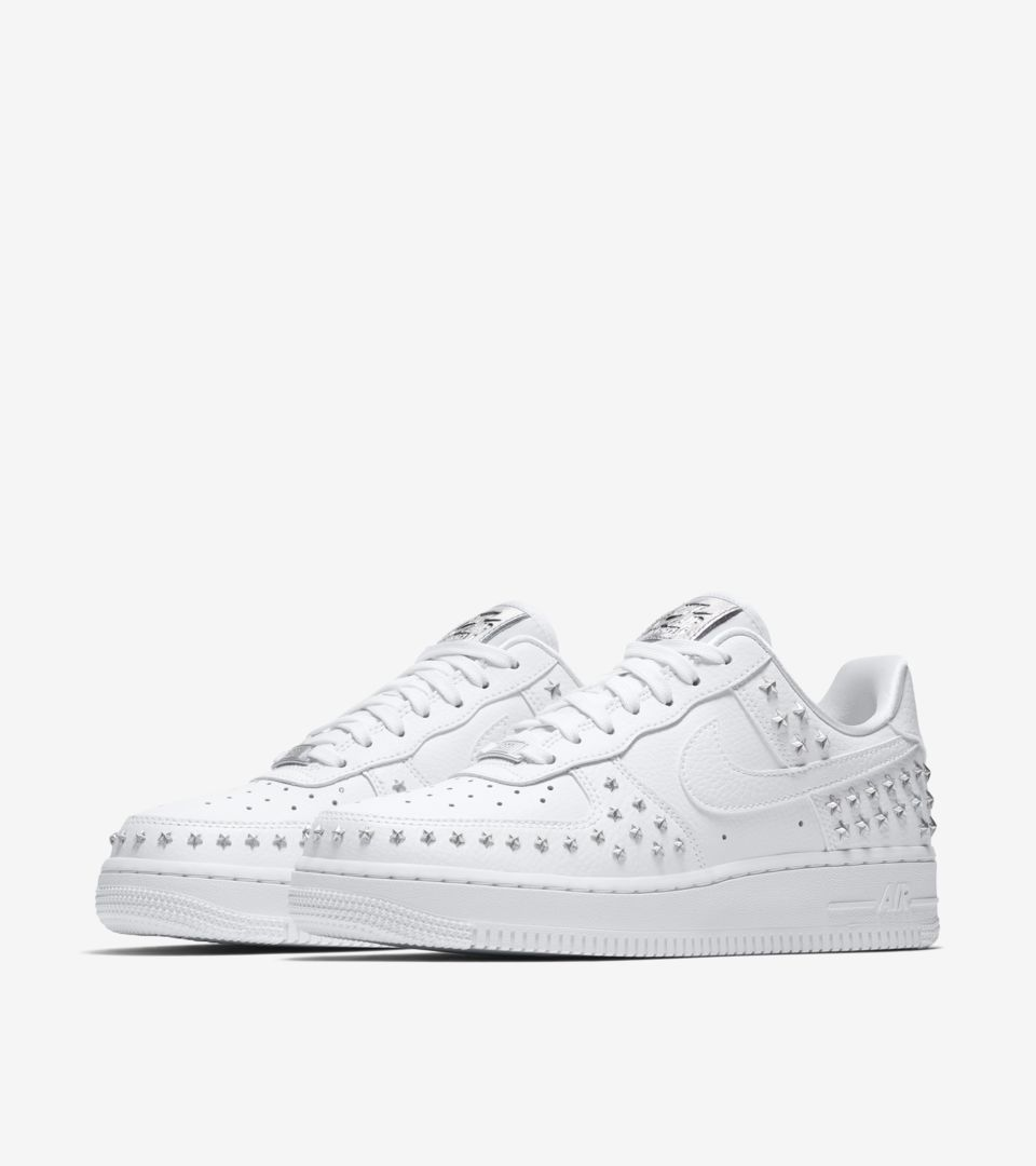 air-force-1-xx-star-studded-white-release-date.jpg