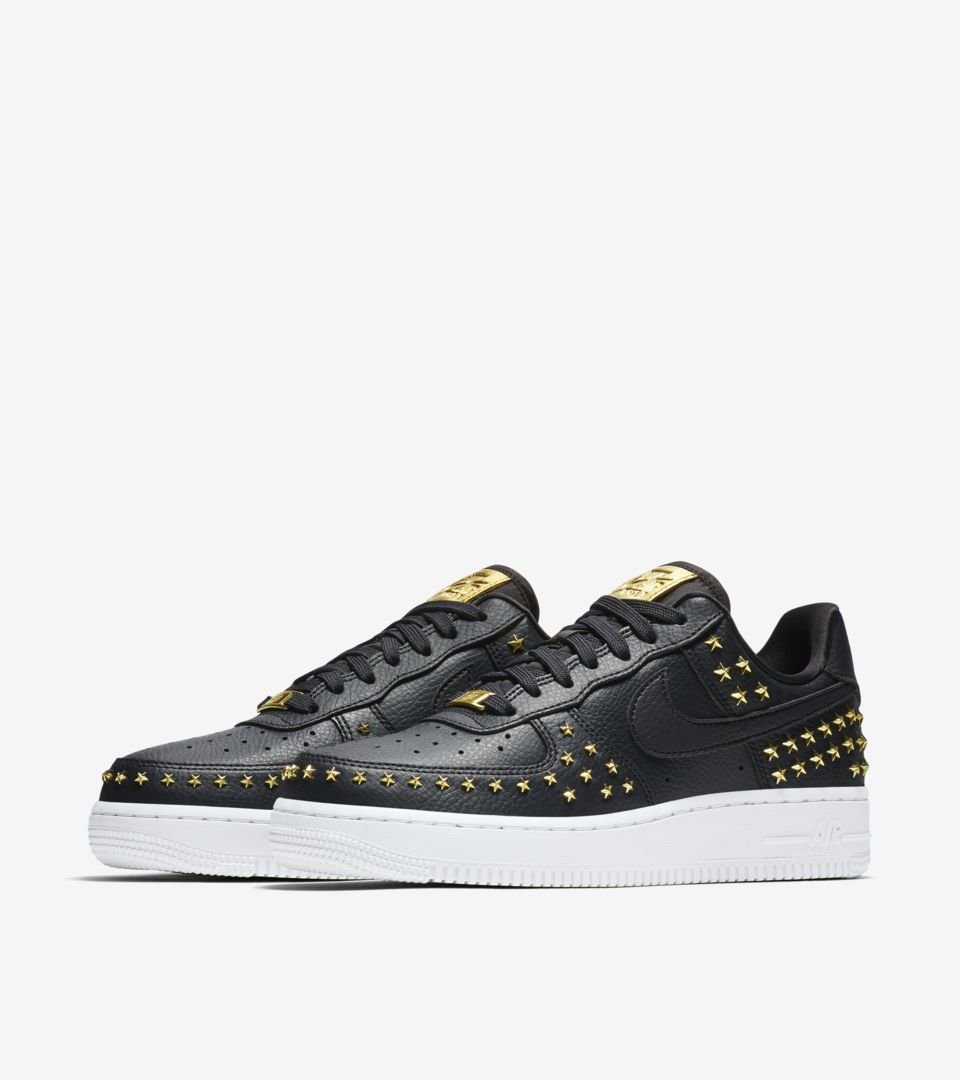 womens-air-force-1-xx-star-studded-oil-grey-white-release-date.jpg
