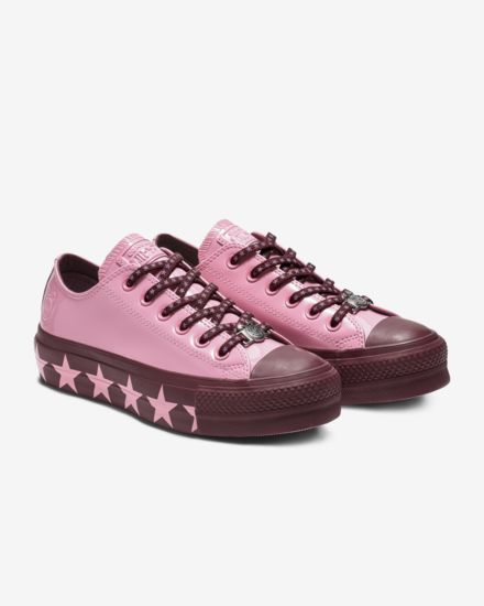 converse-x-miley-cyrus-chuck-taylor-all-star-lift-faux-patent-leather-low-top-womens-shoe-SbBKBP.jpg
