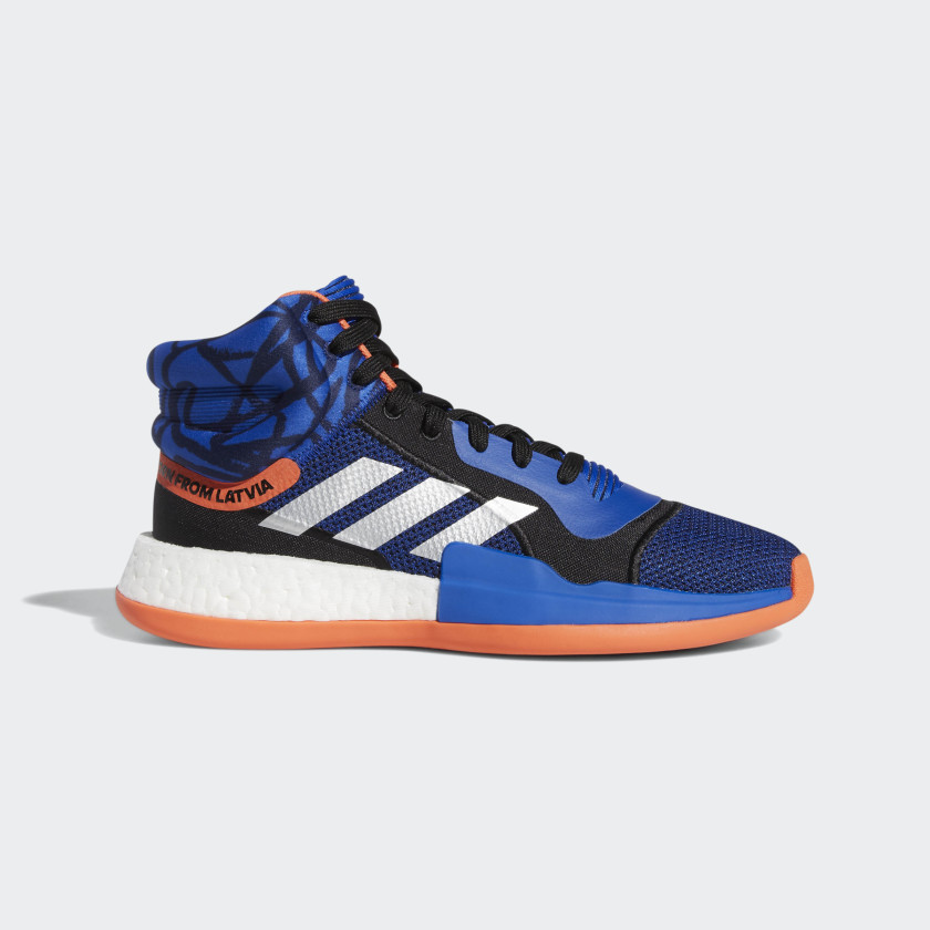 Marquee_Boost_Shoes_Blue_G27738_01_standard.jpg