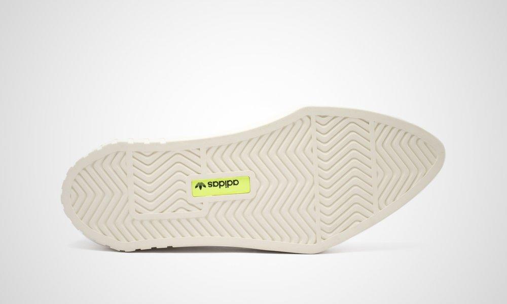 adidas-woman-g54050-hypersleek-5.jpg