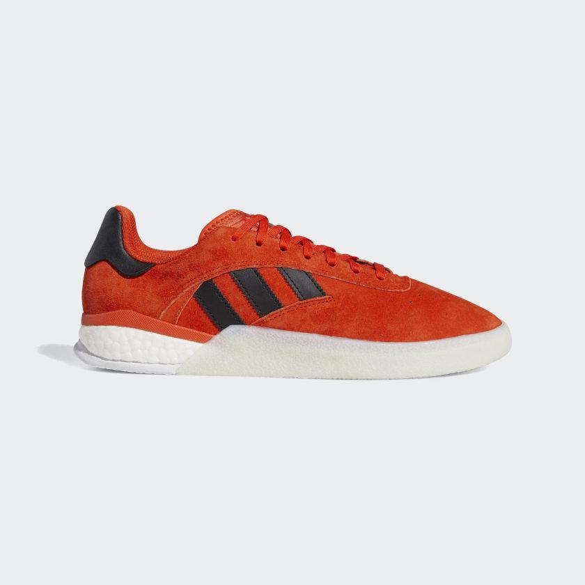 3ST_004_Shoes_Orange_DB3150_01_standard.jpg