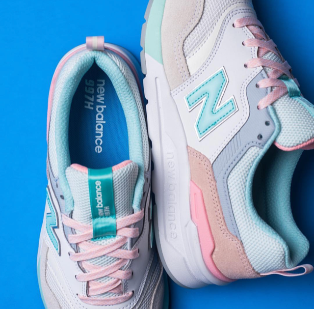 finest selection d8c7b 40919 This New Balance WMNS 997 is Perfect For Spring