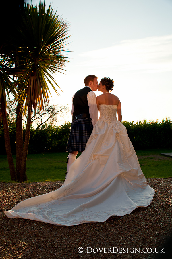 kent wedding photographers - the three tuns staple