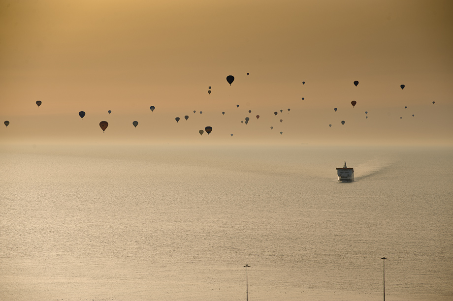 Balloons cross the channel