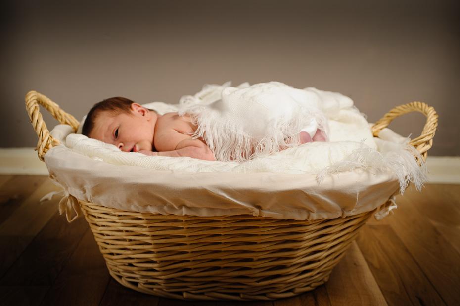 Newborn photography kent (1)