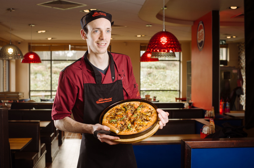 Pizza Hut Mike LOW -15701.jpg