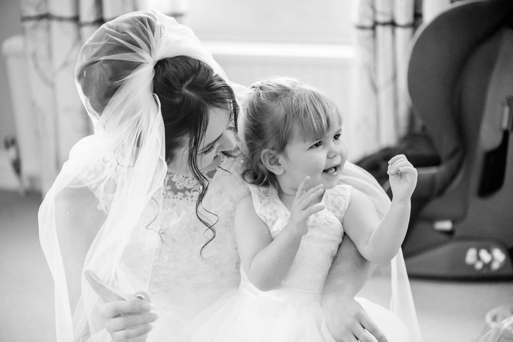 Hadlow Manor Wedding-17.jpg
