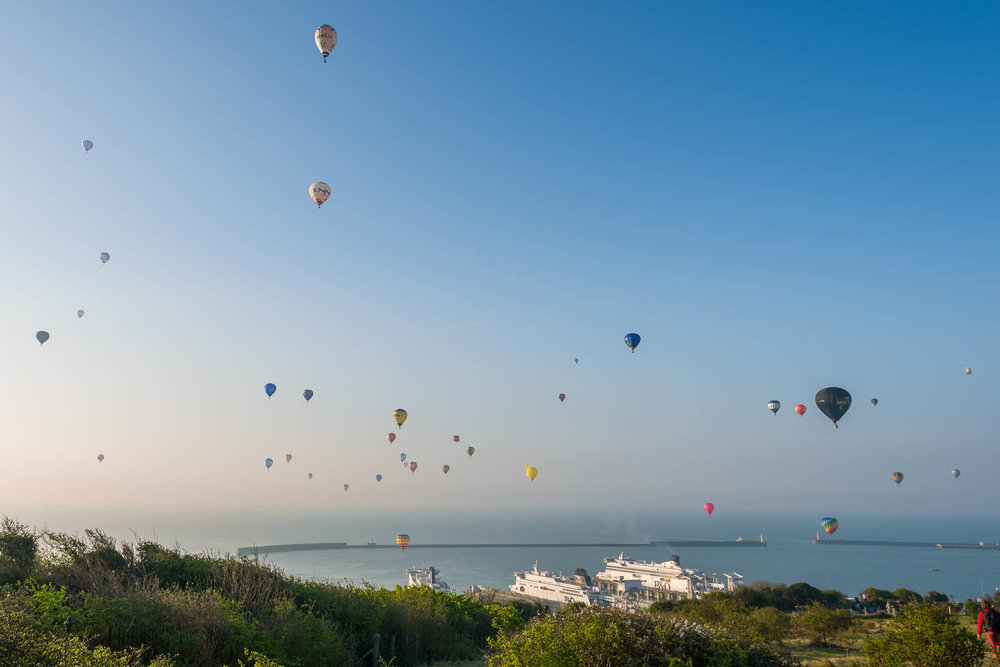 Hot air balloon world record attempt